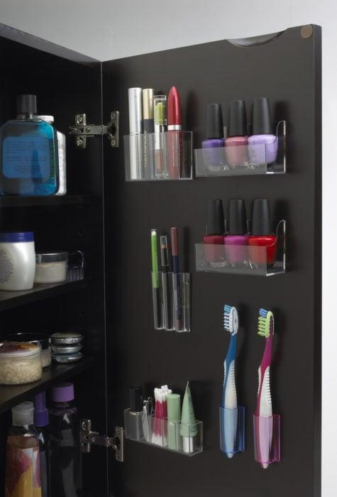 Organizar clóset - cosméticos