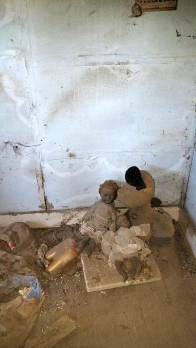 muñecas abandonadas que dan miedo