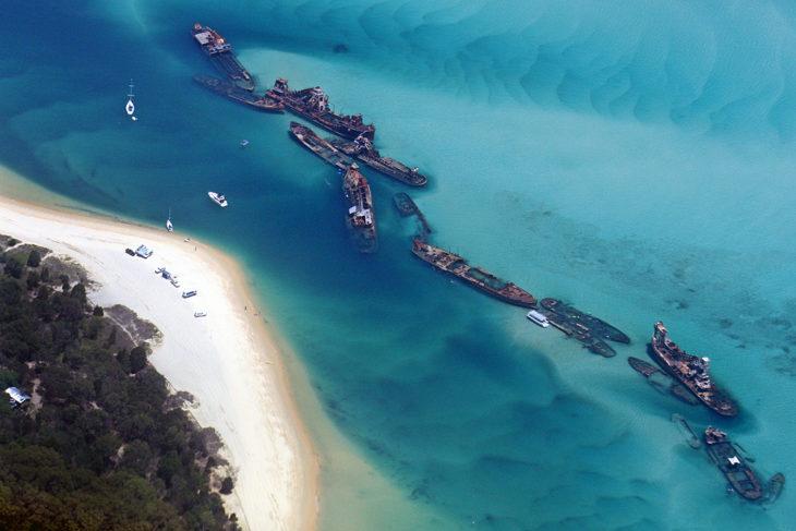 Barcos en el Triángulo de las Bermudas