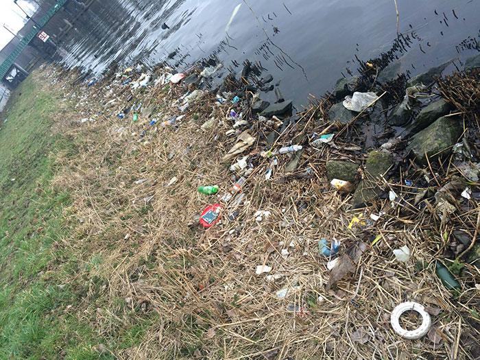 rio schie muy sucio