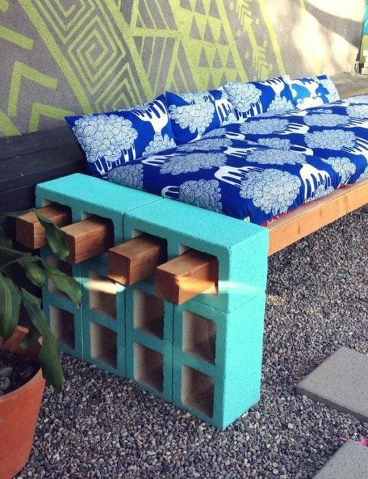 sillon con bloques de concreto