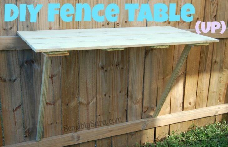 mesa auxiliar al aire libre