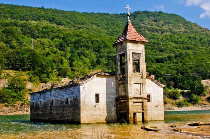 iglesia san nicolas macedonia