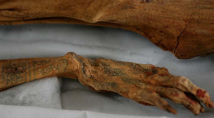 momia tatuada siglo V