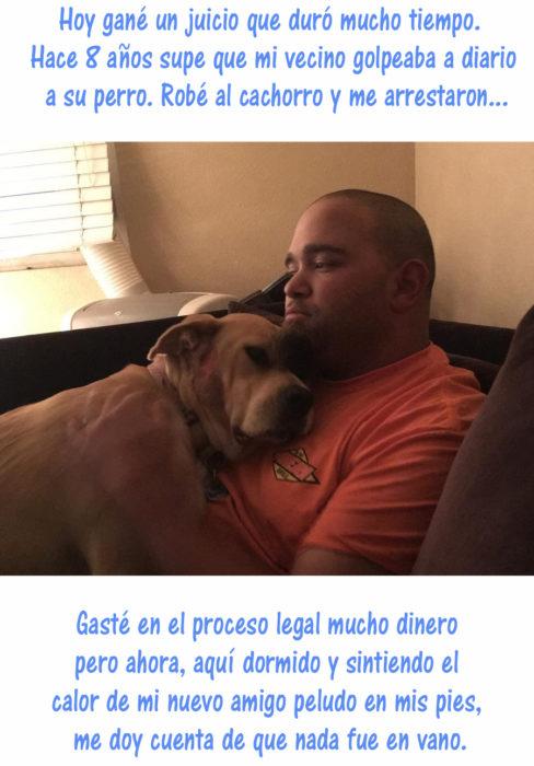 hombre y perro acurrucados