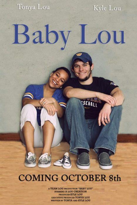 póster de película para anunciar llegada de bebé