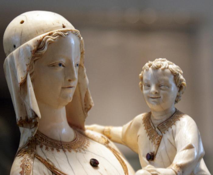 Bebes mas feos del renacimiento estatuas de marfil