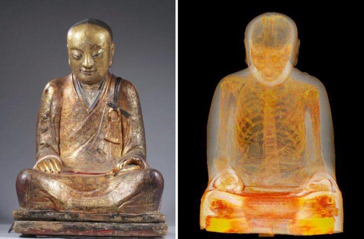Momia de un monje dentro de una estatua de Buda