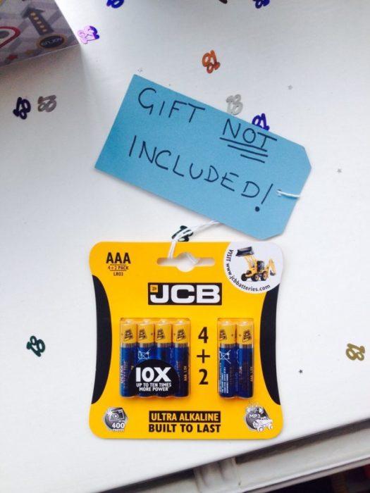 pilas de regalo
