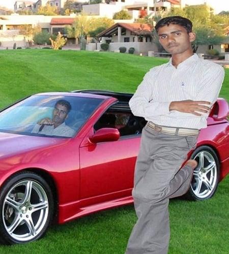 Photoshop - hombre en su carro