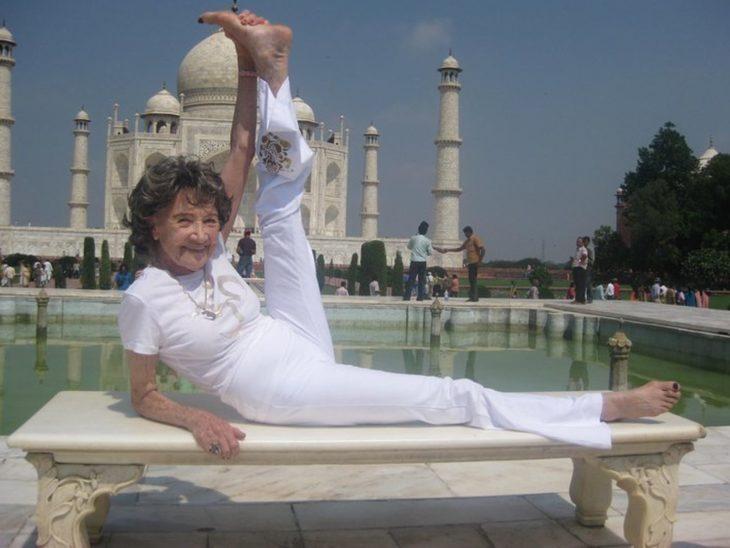 Yoga en el Taj Majal