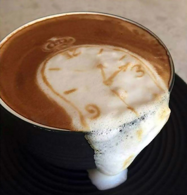 café al estilo dalí