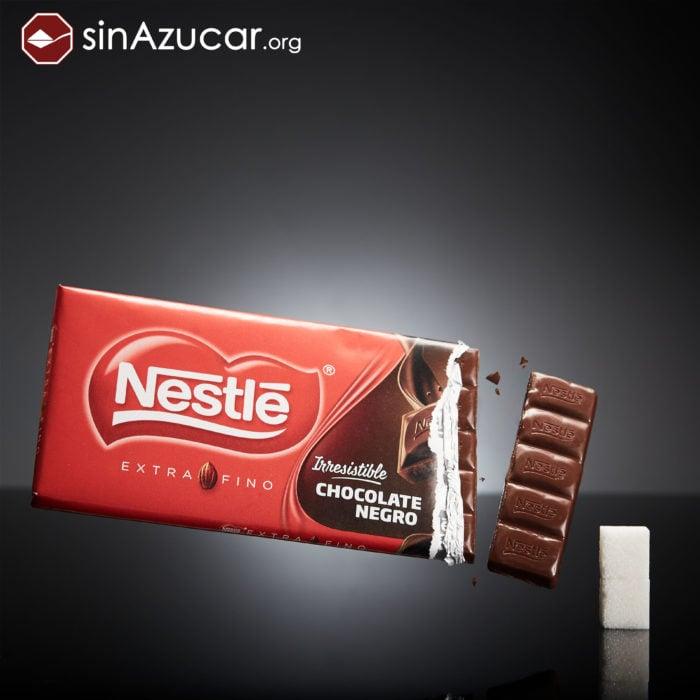 Cuanto azúcar contiene un chocolate negro