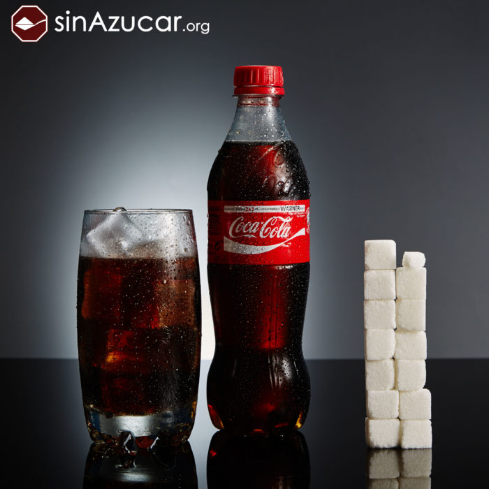 Cuanto azúcar contiene coca cola