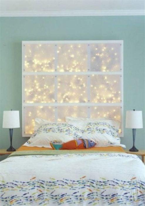 cabecera de cama iluminada