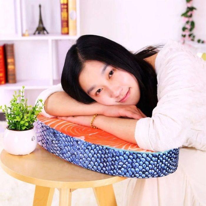 cosas mas raras a la venta almohada sushi 2