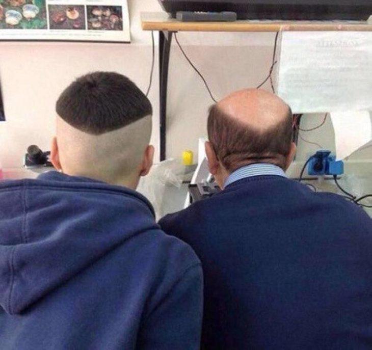 un joven y un hombre que hacen equipo para formar una cabellera completa