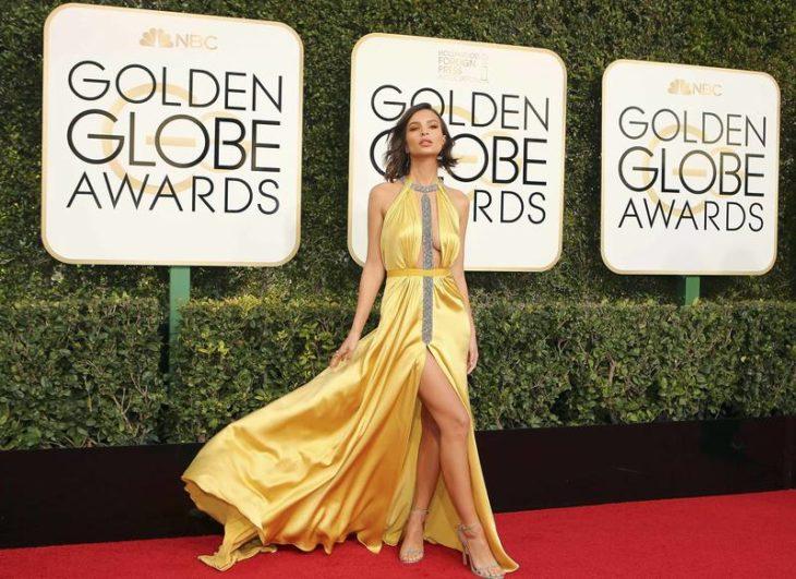 Emily Ratajkowski en los globos de oro 2017