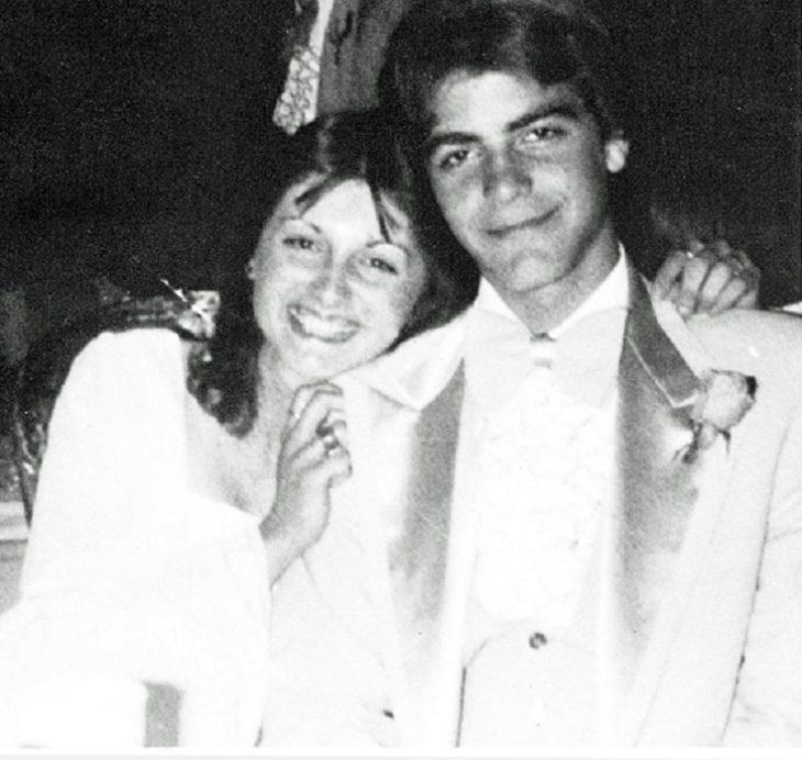 foto de graduación de george cloney