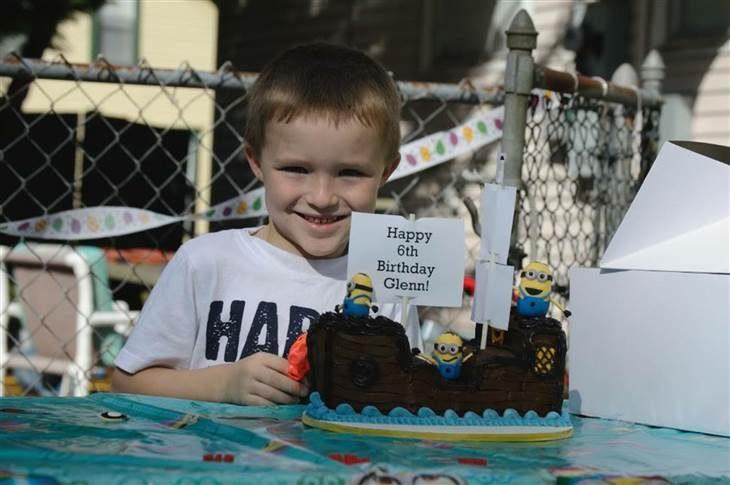 Glen en su fiesta de cumpleaños