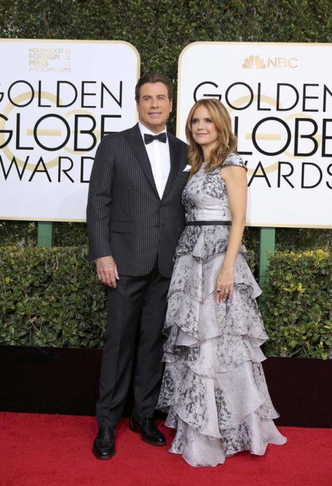 John Travolta y Kelly Preston en los globos de oro