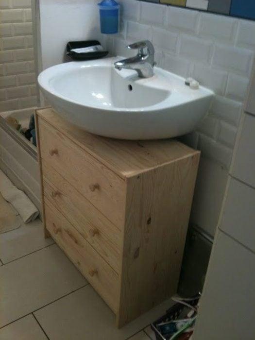 life hacks mueble debajo del baño practico