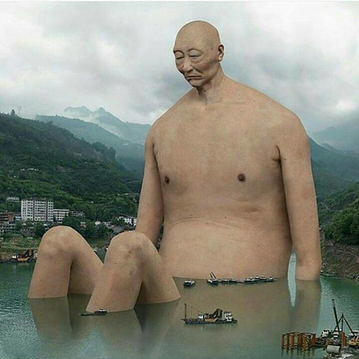 escultura gigante de artista chino