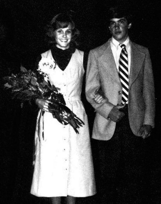 courtney cox en su graduación