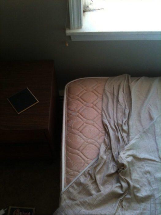 colchón mal tendido