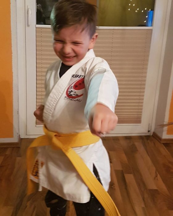 niño karateca