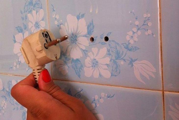 conector directo en un azulejo