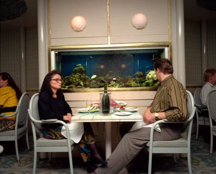 primera cita pareja cenando