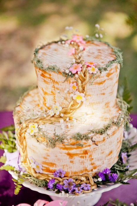 pastel inspirado en rapunzel