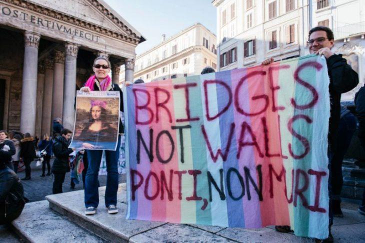 marcha d elas mujeres en roma italia