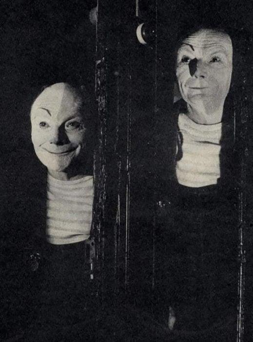 foto antigua de hombres sonriendo