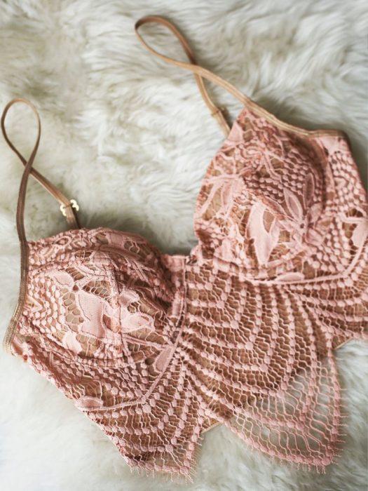 sujetador rosa
