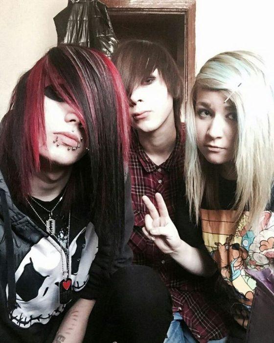 tres amigos emos