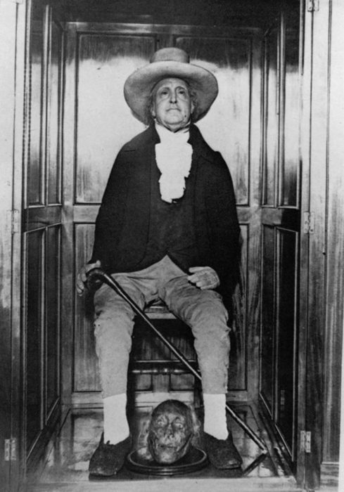 La momia de Jeremy Bentham
