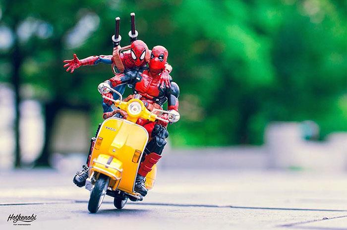 moto spiderman deadpool Figuras de acción personajes fotos Hot Kenobi