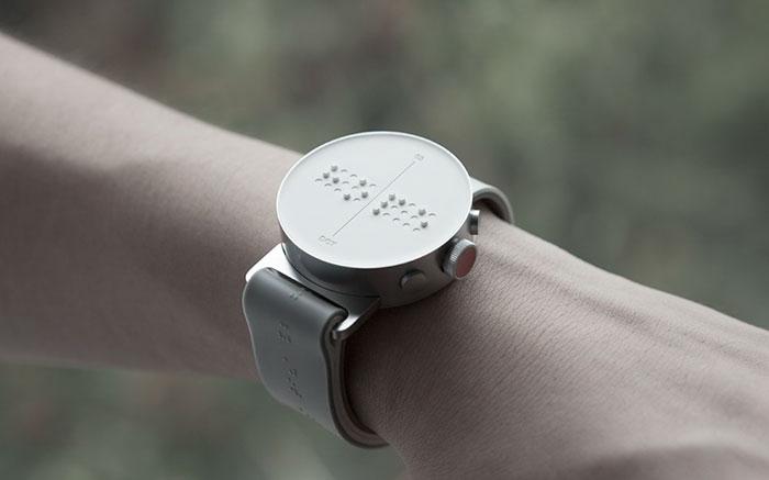 Reloj digital braile
