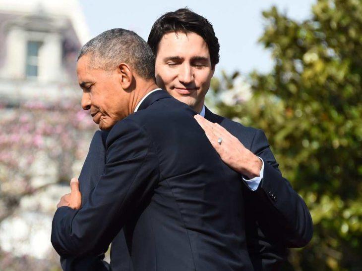 justin y obama abrazos