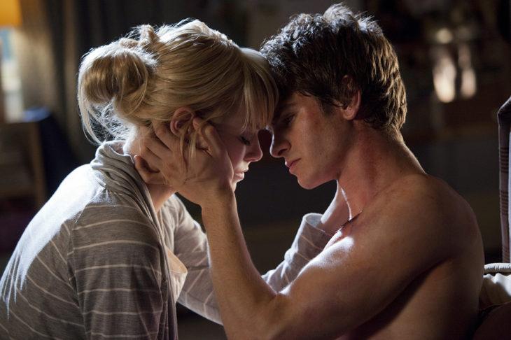 Andre Garfield y Emma Stone