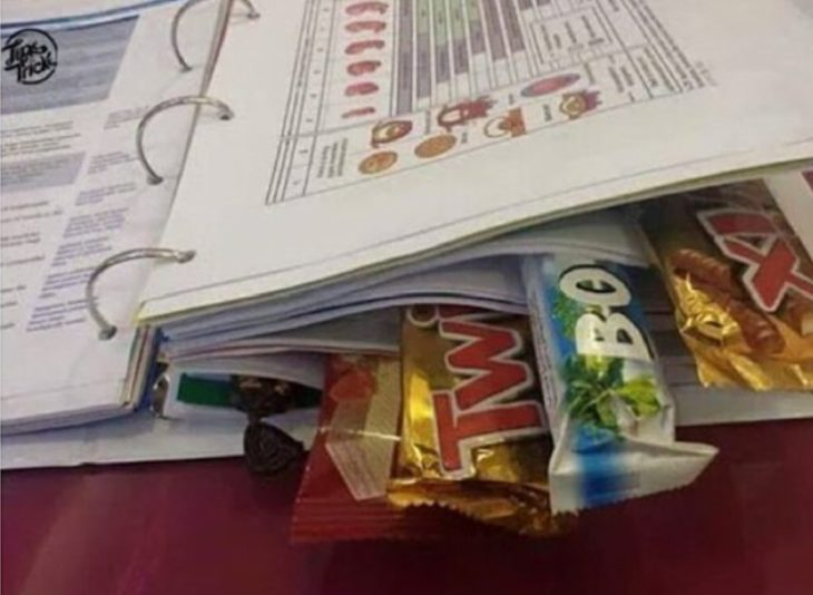 libreta de anillos con chocolates
