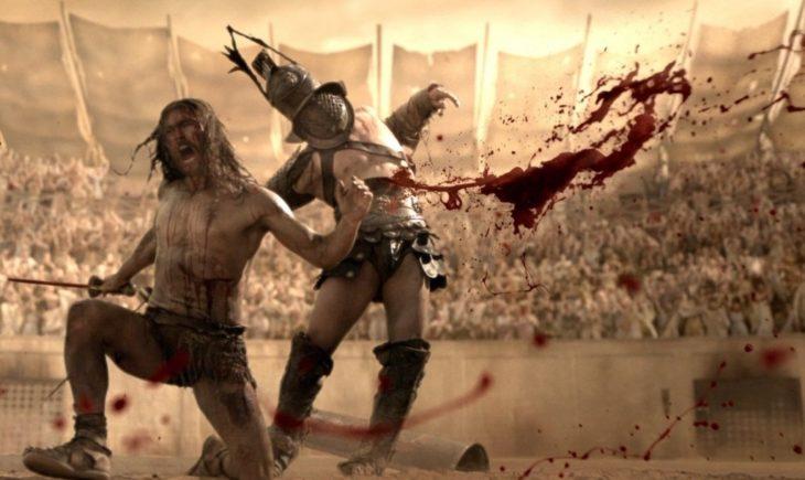 gladiadores sangrando