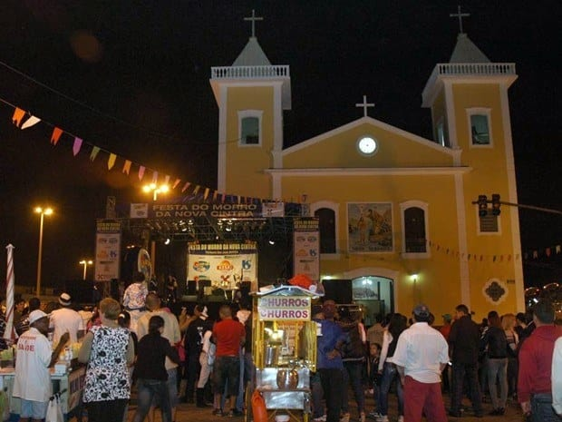 fiesta iglesia pueblo