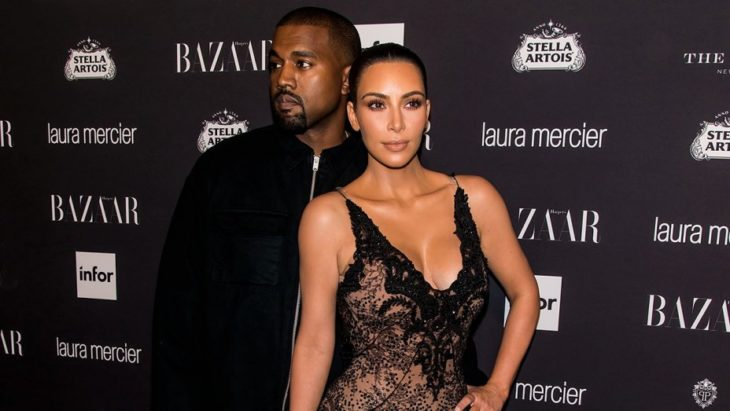 Kim Kardashian y Kanye West en pasarela