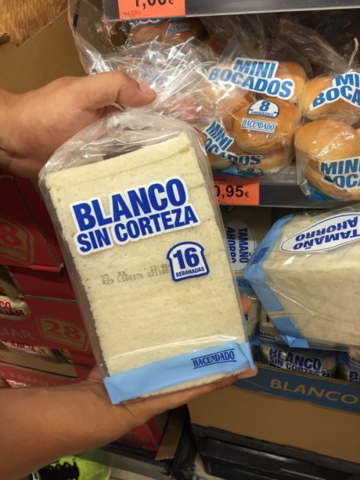pan blanco sin corteza