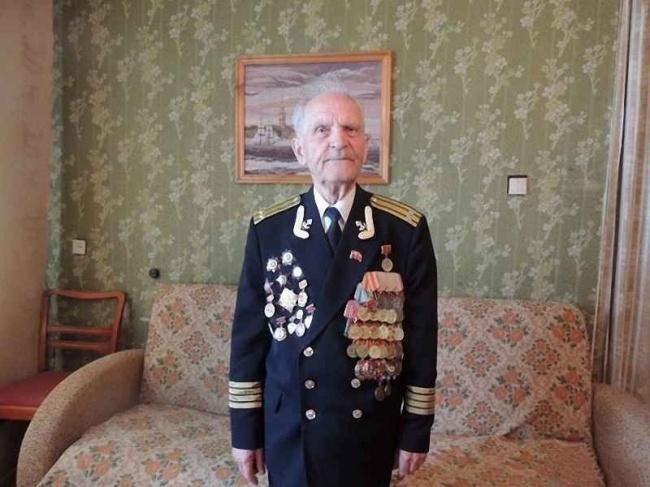 héroe soldado general insignias