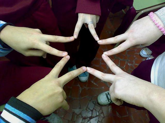 estrella amistad dedos