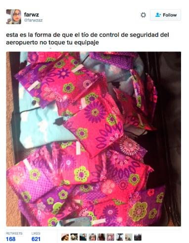 mujeres maleta llena de toallas sanitarias